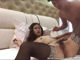 Young Chinese couple from Milfsexdating Net hot sex in hotel