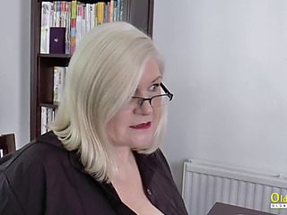 Oldnanny lacey starr and polynesian lesbo