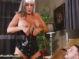 Dominant mature in latex loves anal and sucking cock with her hot sexy body and mouth