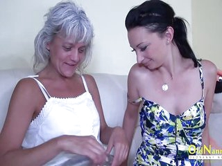 OldNannY Two Mature Lesbians and Glass Dildo