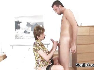 Unfaithful british mature lady sonia flaunts her